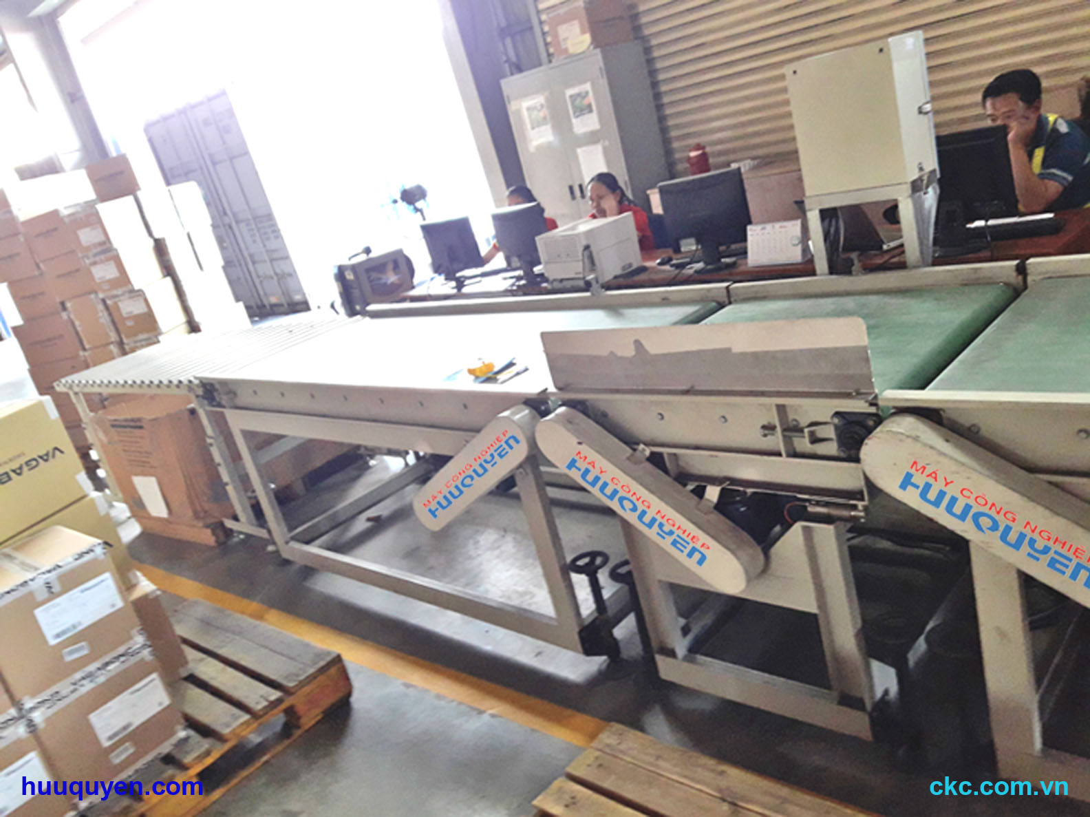 Hệ thống băng tải cân, kiểm tra, phân loại sản phẩm